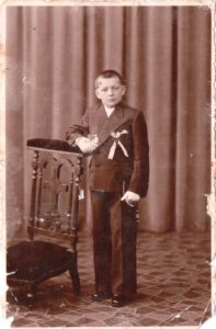 Jan Kuta - circa 1930/1 possibly his confirmation. photo taken in France. Jan is my grandfather